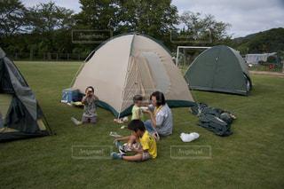 家族でキャンプの写真・画像素材[1859942]