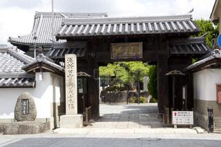 花岳寺山門の写真・画像素材[3673335]