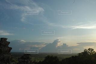 遺跡と空の写真・画像素材[1292894]