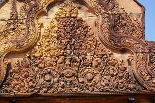 遺跡の壁面に彫られた細かな彫刻の写真・画像素材[1292926]