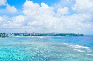 グアムの海と空の写真・画像素材[1302918]