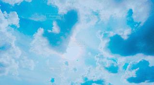 太陽と雲の写真・画像素材[1291290]