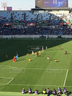 サッカーの試合の写真・画像素材[1296335]