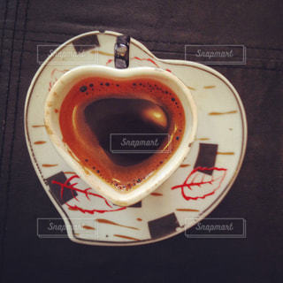 一杯のコーヒーの写真・画像素材[1295935]