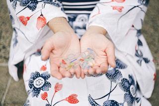 赤ちゃんの手の写真・画像素材[1298432]