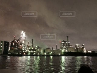 工場夜景の写真・画像素材[2356142]
