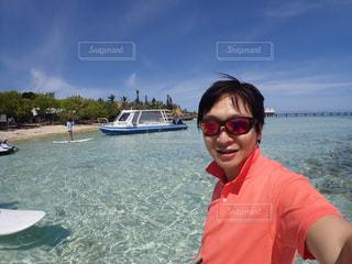 水に立っている人の写真・画像素材[778699]