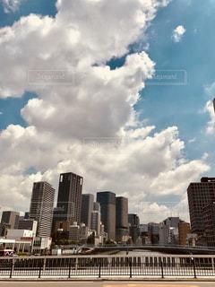 大阪 梅田の高層ビルの写真・画像素材[1322280]