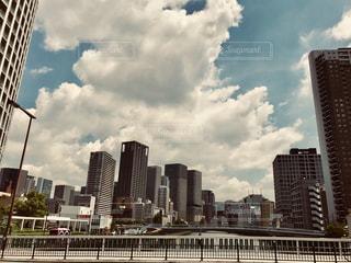 大阪 梅田の高層ビルの写真・画像素材[1322281]