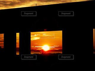 日没の前に記号の写真・画像素材[1323921]