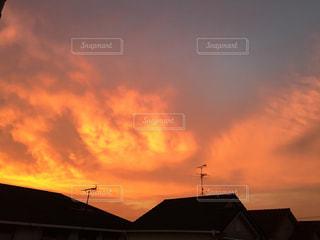 日没の前に雲の写真・画像素材[1326247]