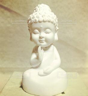 白い大仏様の写真・画像素材[1299254]
