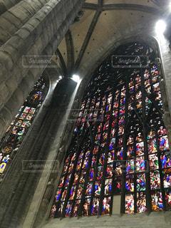 大聖堂のステンドグラスの写真・画像素材[1342404]