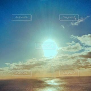 太陽の光の写真・画像素材[1344593]