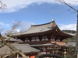 京都の平等院鳳凰堂の裏の写真・画像素材[1304403]