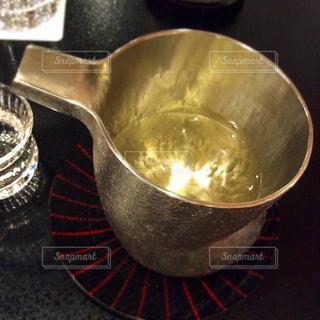 美味しいお酒でまったりの写真・画像素材[1304348]