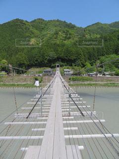 塩郷の吊り橋の写真・画像素材[1394524]