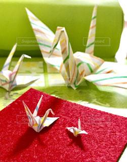 大きさの違う折り鶴達の写真・画像素材[1305372]