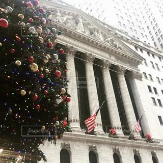 ニューヨーク 証券取引所前の写真・画像素材[1308188]