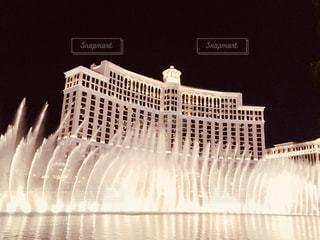 大きな白い建物、ベラジオのバック グラウンドでの写真・画像素材[1321847]
