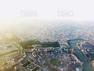 飛行機からのロンドン中心部のビューの写真・画像素材[1383804]