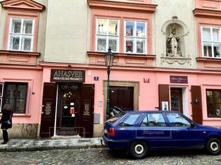 チェコの小さな通りの写真・画像素材[1309589]