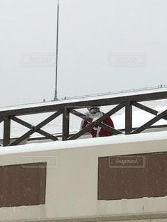 スキー場のサンタの写真・画像素材[1307344]