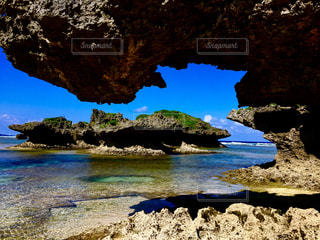 沖縄の天然のビーチの写真・画像素材[1311665]