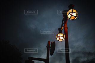 夜の街灯の写真・画像素材[1510736]