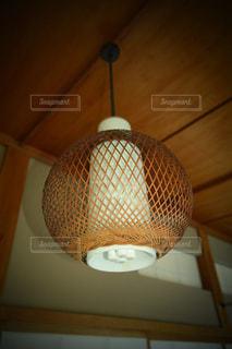 和室の照明の写真・画像素材[1373786]