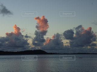夕焼け雲の写真・画像素材[1418697]
