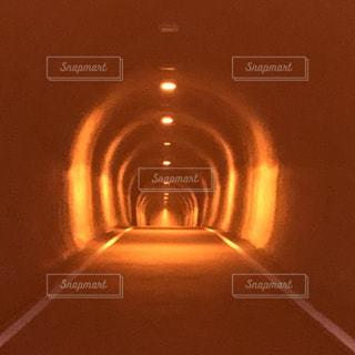 山頂のトンネルの写真・画像素材[1467412]