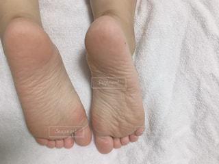 足の裏 20代 女子の写真・画像素材[1316999]