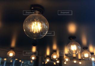 丸電球の写真・画像素材[1397618]