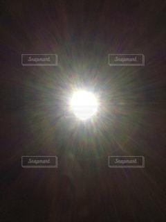 夜空のぼやけた画像の写真・画像素材[1403062]