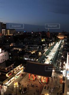 夜の街の景色の写真・画像素材[1511274]