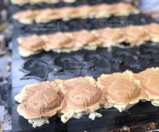 グリルの上に食べ物の写真・画像素材[1531026]