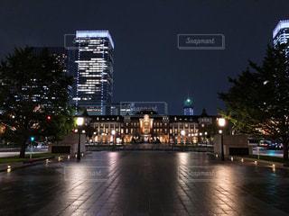 夜の街の景色の写真・画像素材[1538473]