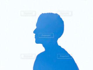 青い空の人の写真・画像素材[2077970]