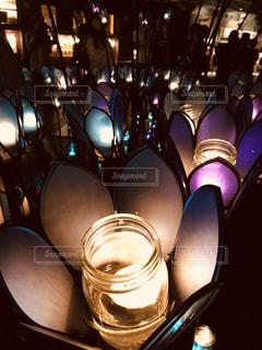 野菜の展示の束が夜ライトアップの写真・画像素材[1318692]