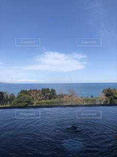 露天風呂から見える富山湾の写真・画像素材[1319208]