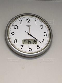 壁かけ時計の写真・画像素材[1384770]