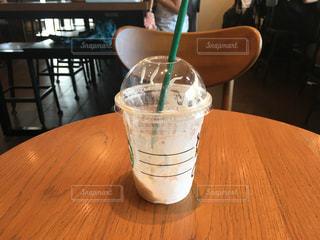 空のカップの写真・画像素材[1377360]