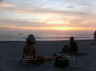 夕暮れのビーチの写真・画像素材[1455717]