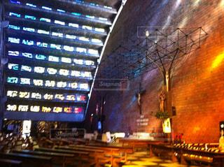 ステンドグラスの教会の写真・画像素材[1455754]