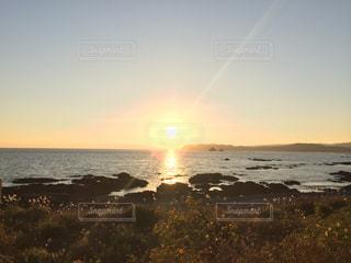 朝日と光の道の写真・画像素材[1324551]