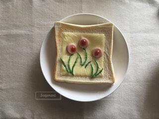お花のトーストの写真・画像素材[4332661]