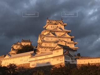 夕暮れの姫路城の写真・画像素材[1334453]