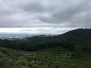 不穏な山1の写真・画像素材[1337583]