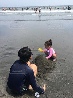 砂浜で遊ぶ子の写真・画像素材[1330663]